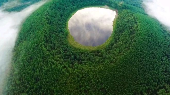 美丽内蒙古之:阿尔山天池、不冻河